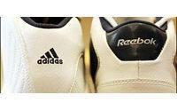 Adidas : augmentation de capital de 640 M EUR pour financer rachat Reebok