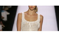 Mode New York : l'été sera blanc évanescent ou aux couleurs de l'hiver