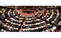 Recyclage textile: Le Sénat maintient la &quot&#x3B;taxe Emmaüs&quot&#x3B;, contre le gouvernement