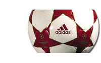 Adidas veut vendre 10 millions de ballons de football du Mondial 2006