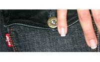 El fabricante de jeans americano Levi Strauss cierra una fábrica en Hungría