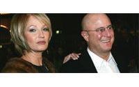 Le pdg de Revlon va divorcer de l'actrice Ellen Barkin