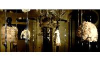 Moncler lance sa nouvelle Gamme Rouge &quot&#x3B;doudoune unique&quot&#x3B;