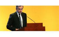 GB : Bernard Arnault et J-P. Garnier vont conseiller Brown sur l'économie