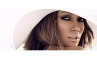 Jennifer Lopez met ses vêtements aux enchères pour les enfants malades