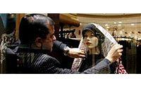Les abayas noires des femmes du Golfe sont à la mode et ... elles brillent