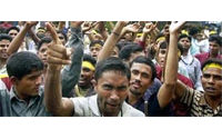 Grève surprise de milliers d'ouvriers du textile au Bangladesh