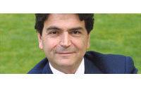 Ouverture du dimanche : la CFTC critique Pierre Lellouche