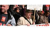 Valence : pique-nique devant la préfecture pour des emplois dans le textile