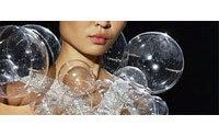 Paris : magie africaine chez Givenchy, poétique chez Chalayan