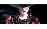 Défilés parisiens : tango chez Kenzo, moto chez Hermès, Chloé juvénile