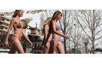 Des mannequins en strings sur les pentes enneigées du Liban