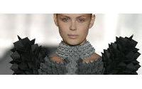 La Suédoise Sandra Backlund remporte le Grand Prix du festival de la mode d'Hyères