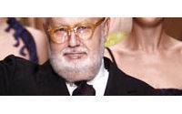 Italian designer Ferre dies at 62