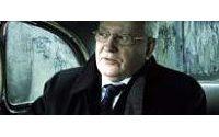 Mikhaïl Gorbatchev a posé devant le mur de Berlin pour une publicité