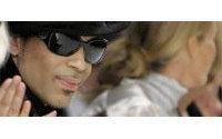 Défilés londoniens : Prince fait sensation en chantant au défilé de Matthew Williamson