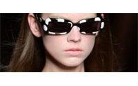 Défilés parisiens : Givenchy rond, Van Noten soyeux