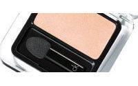 Calvin Klein présente sa première ligne de maquillage