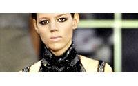 Projet de suppression d'un tiers des effectifs de la société Karl Lagerfeld
