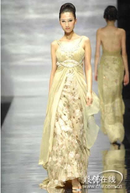 """69 """"名瑞""""赵亚坤2008高级晚礼服发布(图)  整场发布会的款式以立裁图片"""