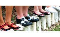 Shoe seller Genesco sees weak same-store sales in Q4