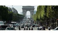 Paris' Champs Elysees succumbing to chain-store invasion