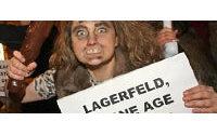 Karl Lagerfeld, contesté par des militants anti-fourrure