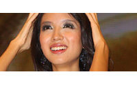 Miss Monde prête son visage à L'Oréal en Asie