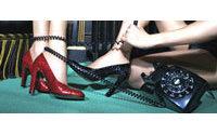 Chaussures : le rachat des actifs de Charles Jourdan se fait attendre