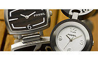 Fossil Q2 profit tops Street view&#x3B; raises FY outlook