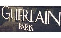 Guerlain представит серию ароматов Les Elixirs Charnels или Carnal Elixirs.