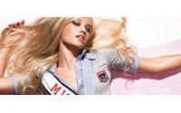 International bekanntes Topmodel präsentiert Herbst/Winter kampagne von TALLY WEiJL