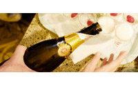 На кинофестивале в Торонто MAC Cosmetics проведет вечеринку Gold Fever Party