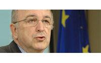 Almunia: España puede permitirse el lujo de tener déficit en 2008 y 2009