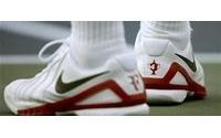 Nike beats Street, shares rise on US sales