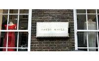 Hardy Amies: il brand della regina d'Inghilterra in crisi