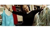 In recessione le signore riciclano gli abiti dell'anno scorso