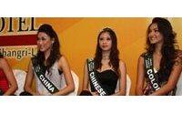 Bellezas con causa compiten por empuñar el cetro de Miss Tierra 2008