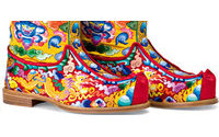 Ferragamo: crea calzature per il re del Bhutan