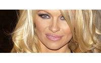 Pamela Anderson modelt für Westwood