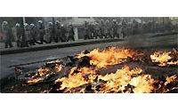 Athens riots kill Christmas for many Greek shopowners