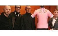 D&G firmano la maglia del giro d'Italia