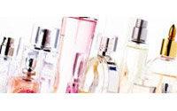 Quito limitará sus importaciones de perfume para limitar la crisis