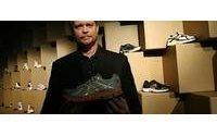 Nike chief sees jump in online sales