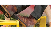 Brown Shoe to cut jobs&#x3B; sees $27-$30 mln charge