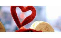 San Valentino, gli italiani vogliono stupire con regali costosi