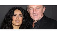 Salma Hayek marries French tycoon Pinault