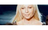 Versace: accordo su Versus con gruppo Facchini