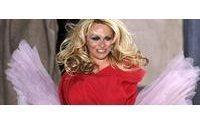Pamela Anderson shakes up Vivienne Westwood show