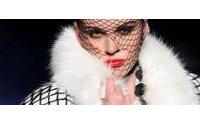 Défilés parisiens : sex and money chez Gaultier, Chisato dans les étoiles, Scott chez Mickey